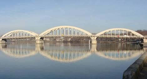 Pont-Neuville-sur-saone